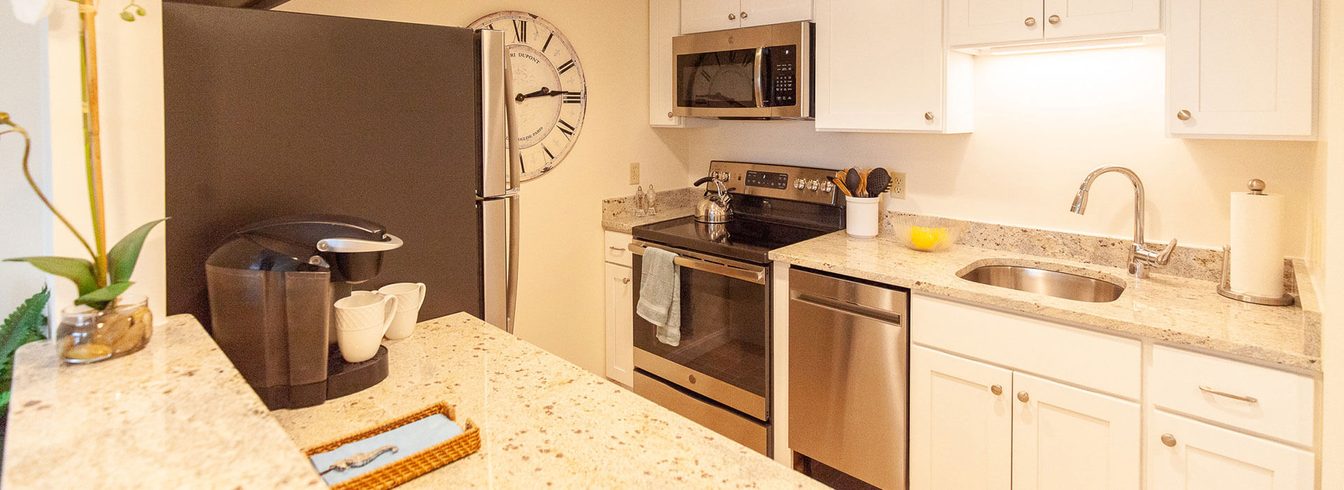 thirwood place model apartment kitchen